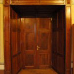 Lõplik nissiga ukseava, restaureeritud uks